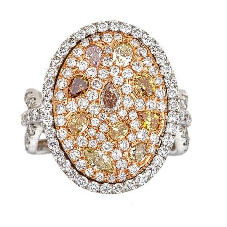 Stunning Ring with 3.95 carat Fancy Color Diamonds, 12.30gr. 18K Gold