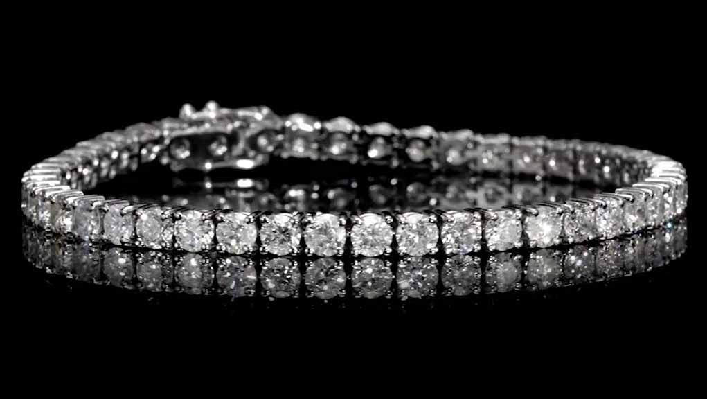 9.22carat, Tennis Bracelet, H Color, 15gr. 18K Gold