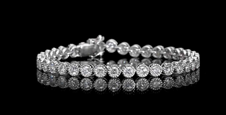 5.22 carat, 36 stones Tennis Bracelet with 18.30gr. 18K Gold