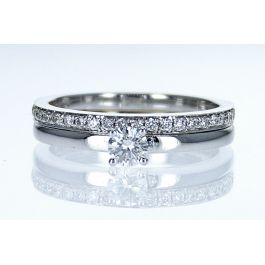 Engagement ring with 0.43ct diamonds, IGL Certified