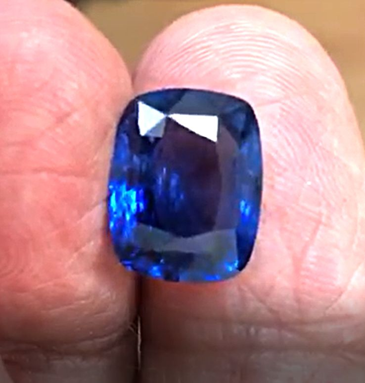 10.08ct, Natural Blue Sapphire, Cushion, GRS certified