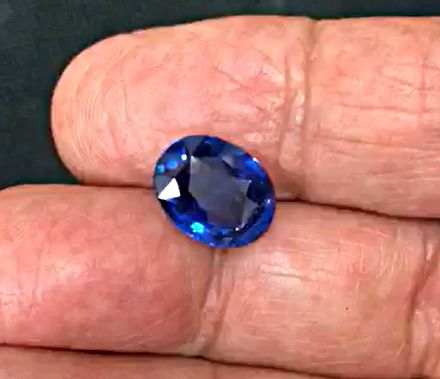 7.03ct, Natural Blue Sapphire, Oval, GRS certified