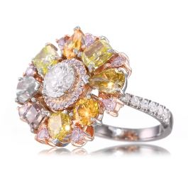 6.33 carat Fancy Color Diamond Ring, 18K Gold