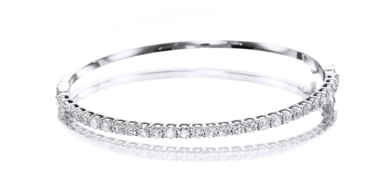 2.00 carat Bangle Tennis Bracelet, 14K gold