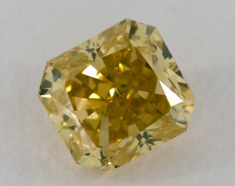 2.01 Carat, Natural Fancy Vivid Greenish Yellow, Radiant Shape, SI2 Clarity, GIA